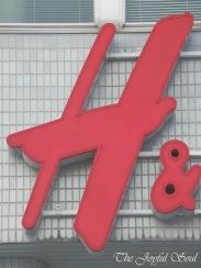Alphabet - H